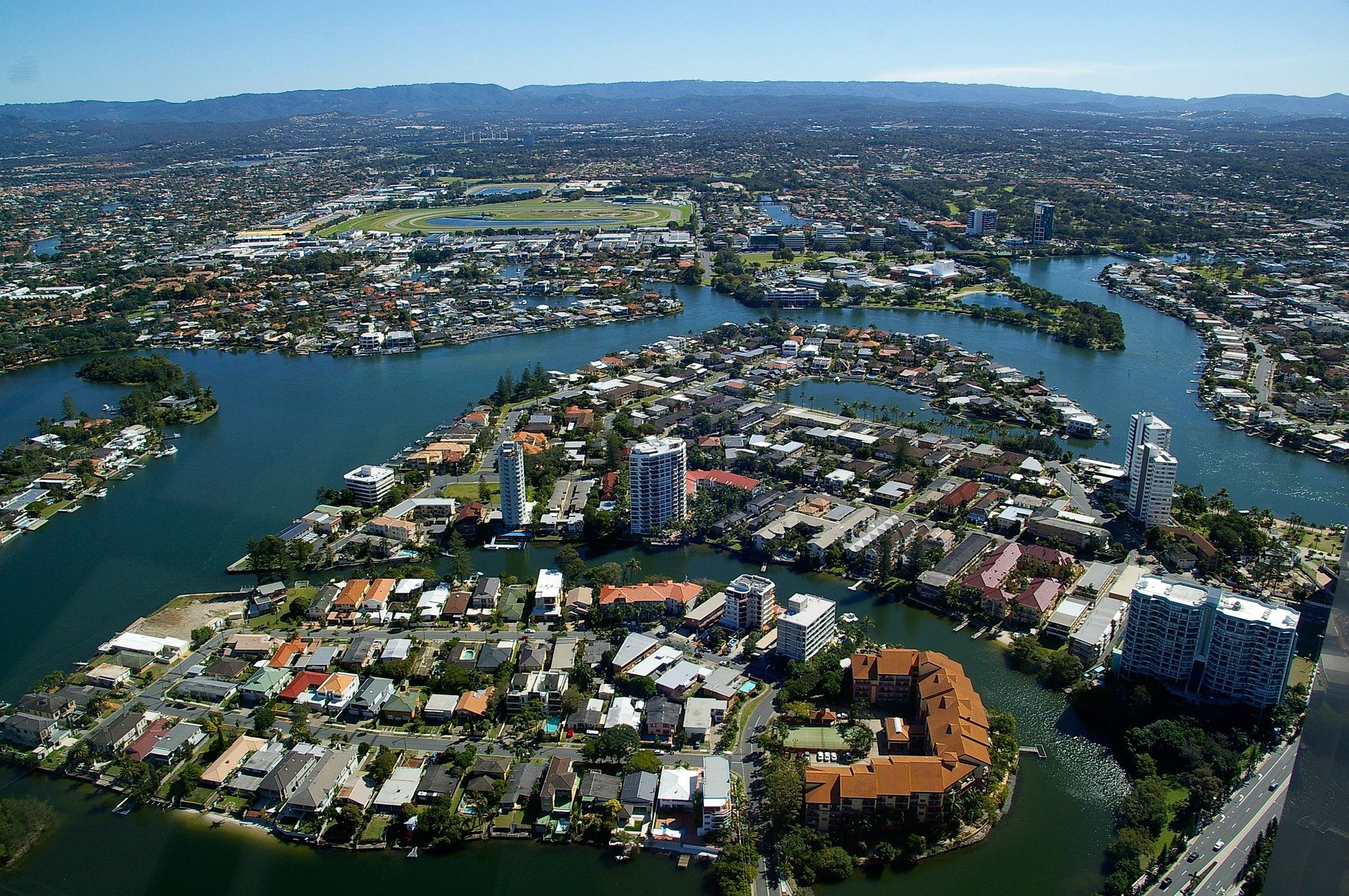 Thumbnail image for New global property report says Brits are buying more in Australia
