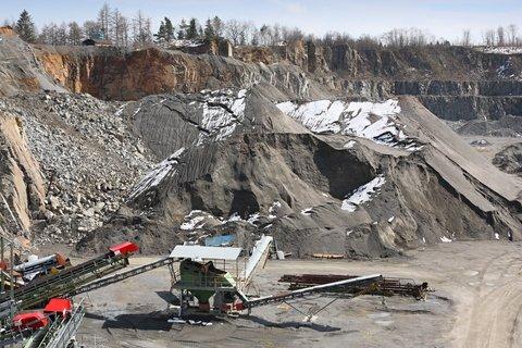 Australia-Mining