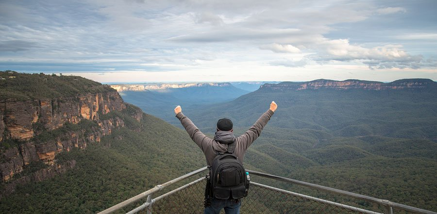 Backpacker Blue Mountains National Park