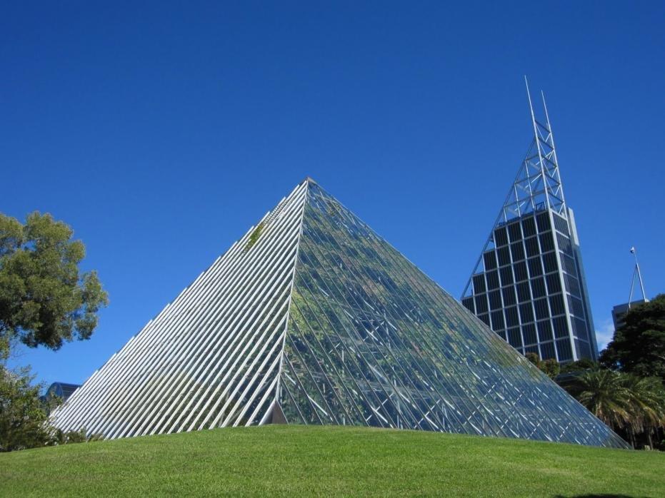 Sydney Botanic Gardens-botanic-gardens-pyramid.jpg